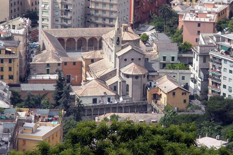 Certosa, crolla una parte del chiostro della chiesa di San Bartolomeo